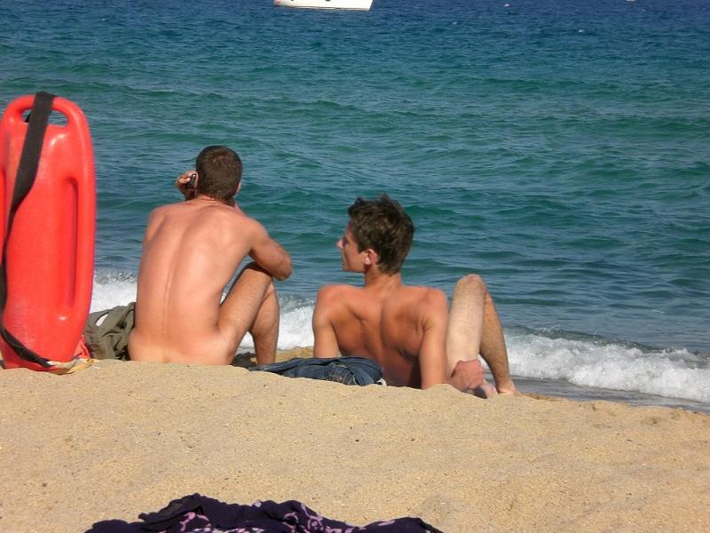 nude-beach-27
