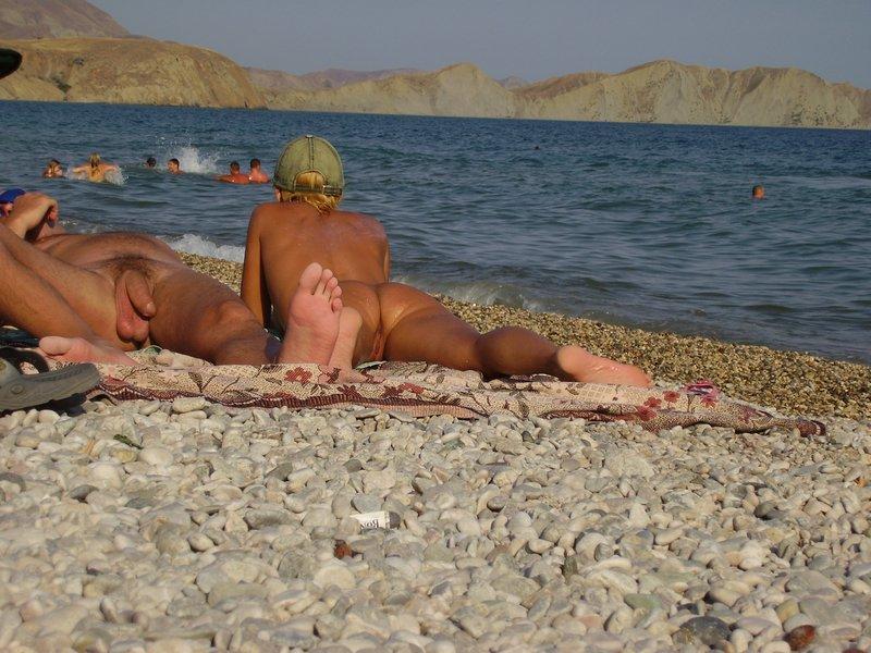 nude-beach-28