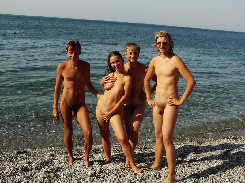 Голый пляж фото