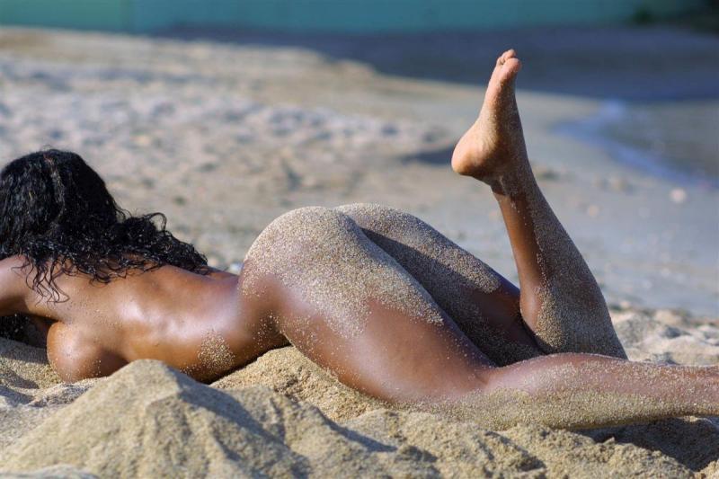 nude-beach-46