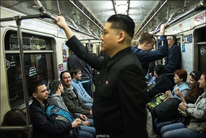 Странные люди в метро Санкт-Петербурга