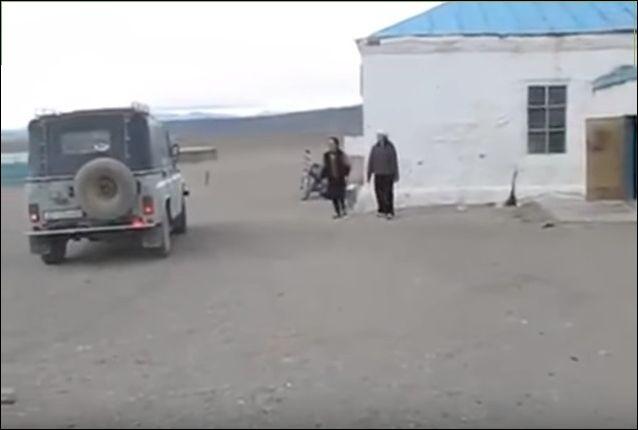 36 детей в УАЗике