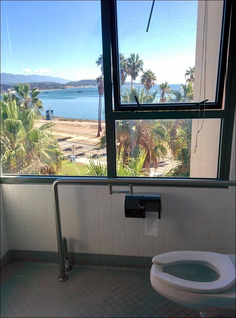 17 туалетов с роскошным видом из окна