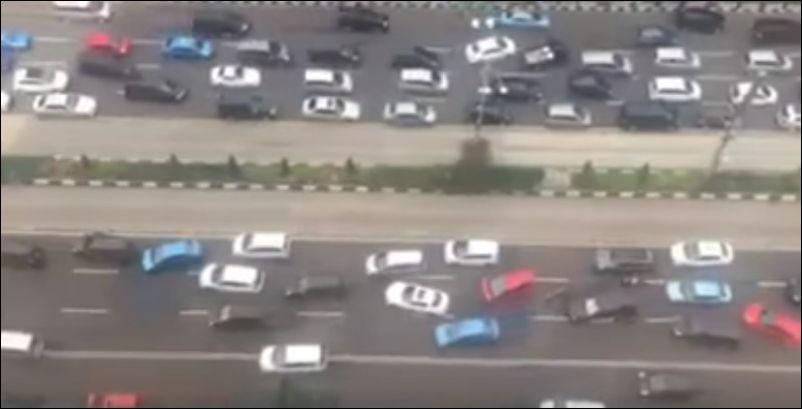 Как водят автомобили в Джакарте