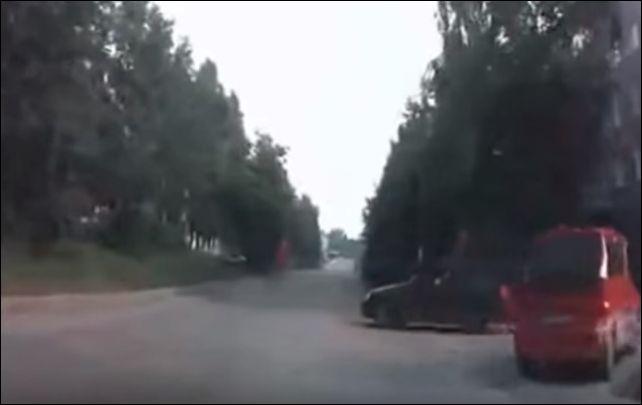 Напугал неопытного водителя