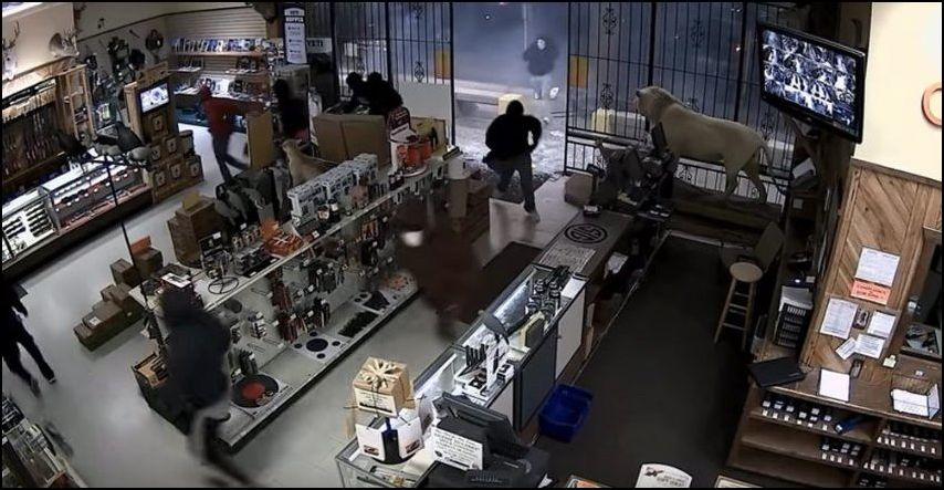 texas-gun-store-robbery-004