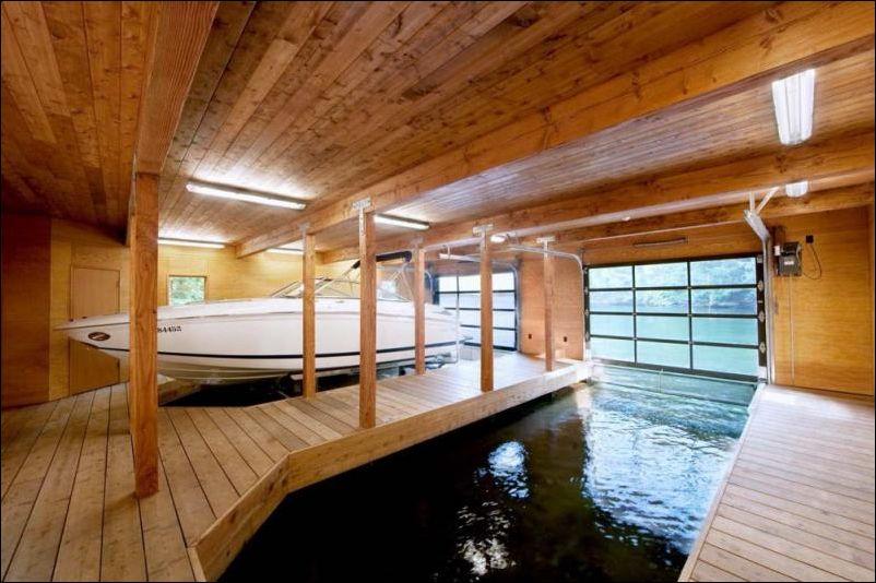 Дом на озере (11 фото)