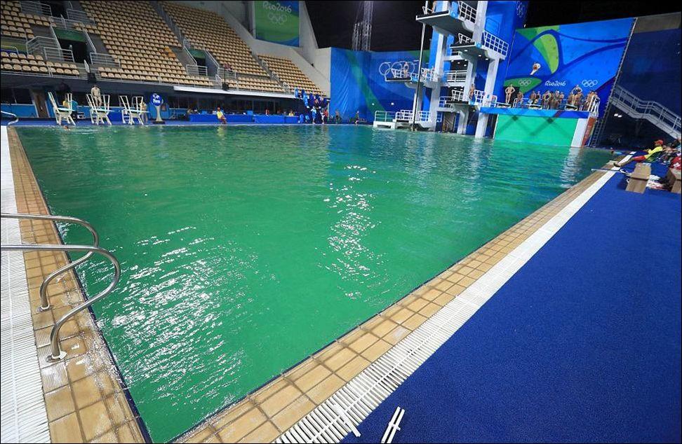 green-pool-003