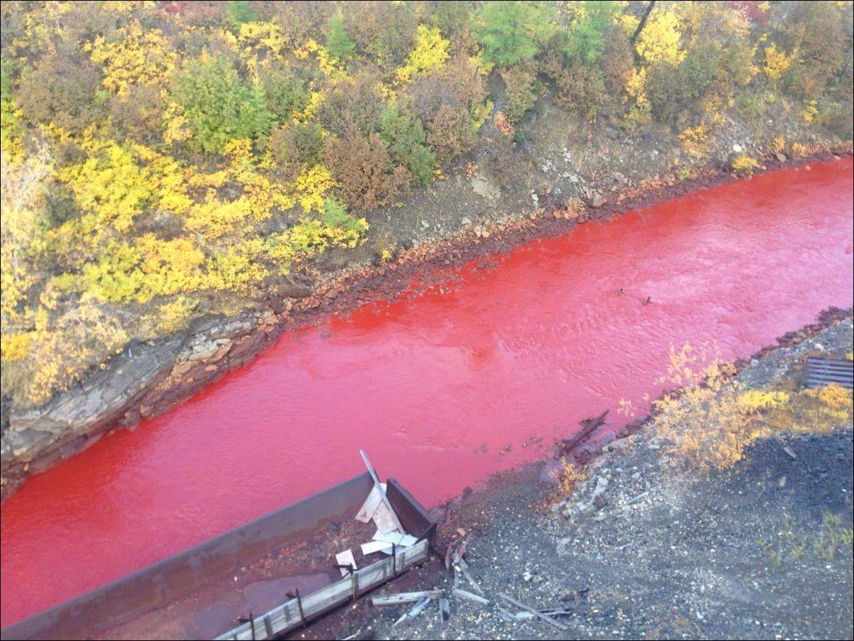 norilsk-red-river-002