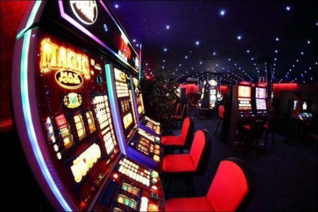 Игровые автоматы зайдите страничку сумасшедшей обезьянкой игроков ждет красочная графика азартные игровые автоматы играть бесп